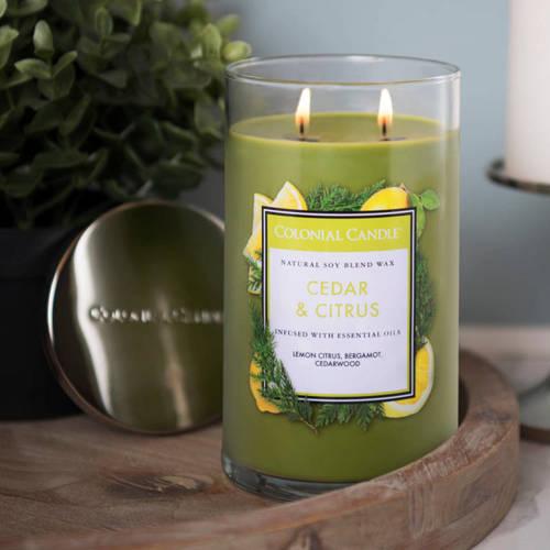 Colonial Candle duża świeca zapachowa sojowa w szkle tumbler 18 oz 510 g - Cedar & Citrus